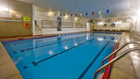 Eastbourne college, la piscina